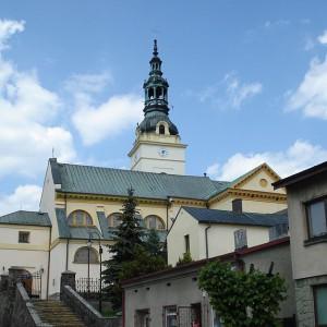 800px-St_Marcin_and_Malgorzata_Church_in_Klobuck2